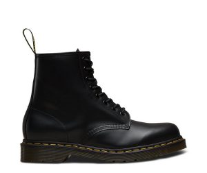 На фото ботинки Dr.Martens 1460 Black Smooth