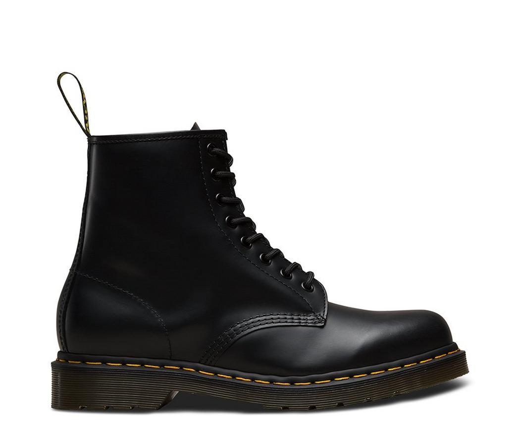 На фото ботинки Dr.Martens 1460 Black Smooth