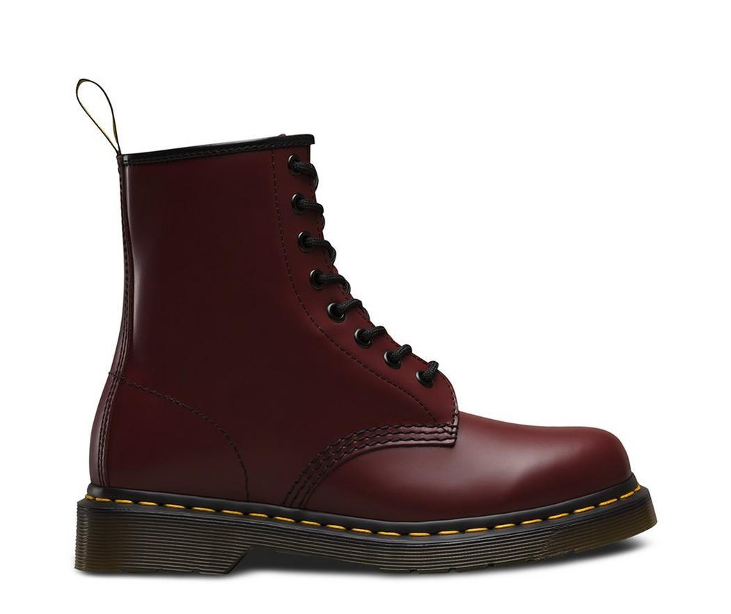 На фото ботинки Dr.Martens 1460 Cherry Red Smooth