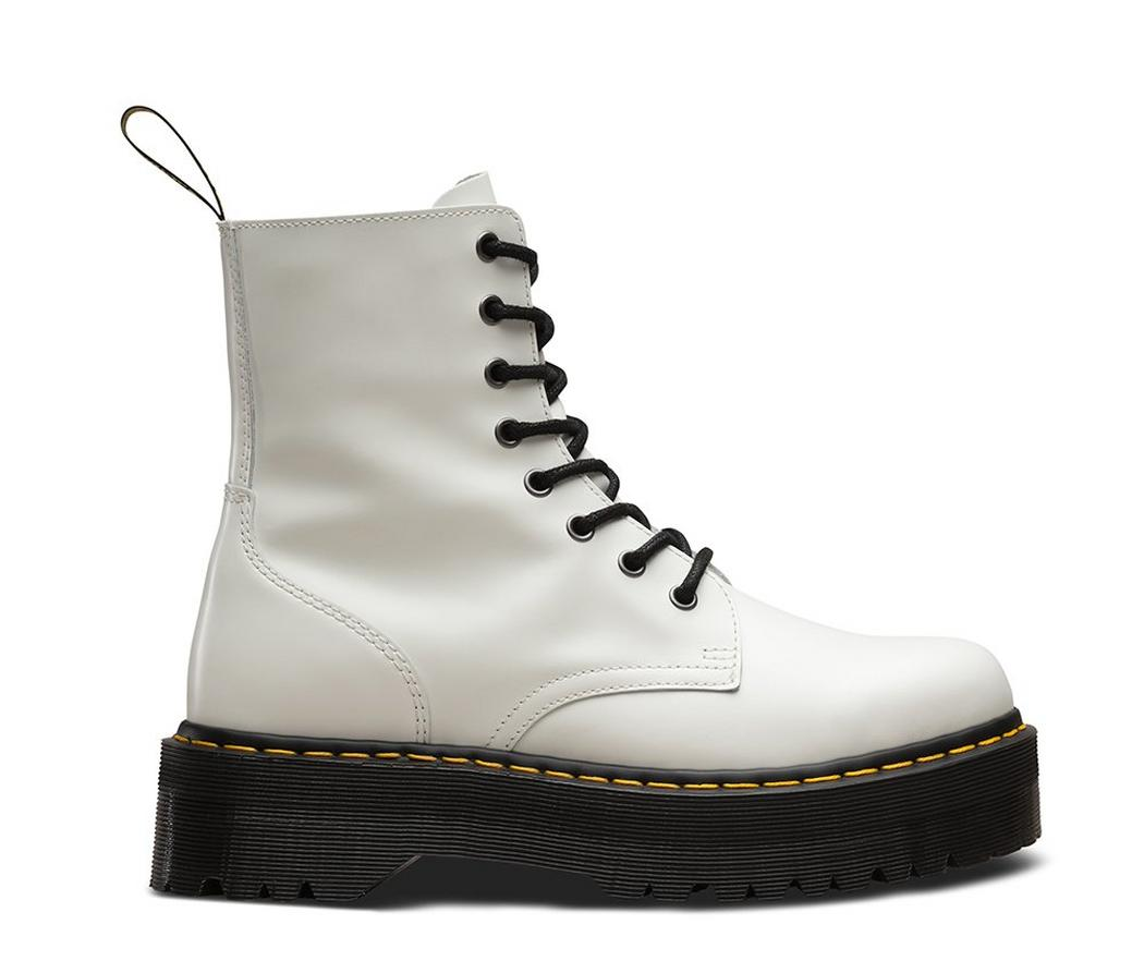 На фото ботинки Dr.Martens Jadon White Smooth