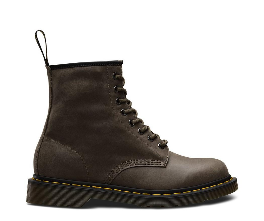 На фото ботинки Dr.Martens 1460 Dusky Olive Smooth