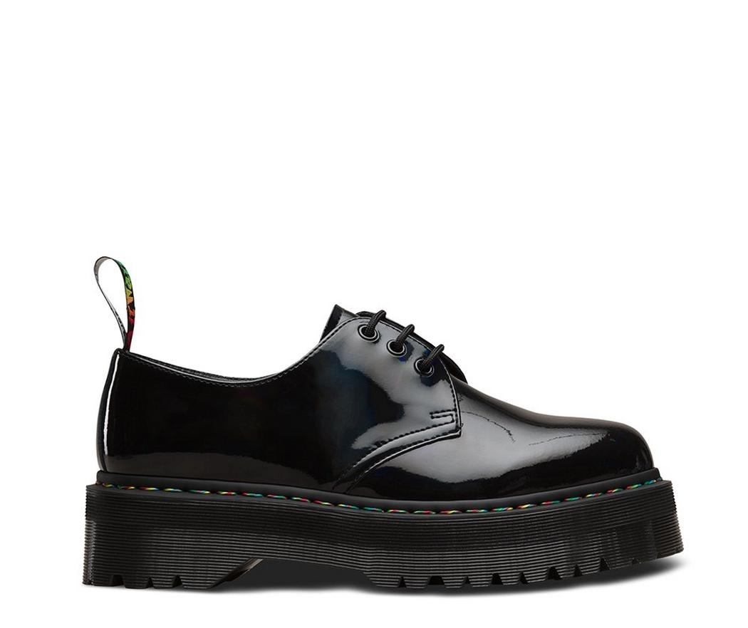 На фото туфли Dr.Martens 1461 Bex Black Rainbow Patent