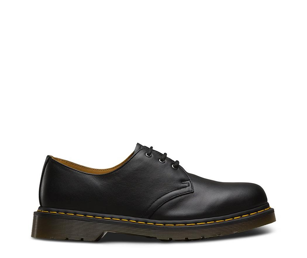 На фото туфли Dr.Martens 1461 Black Nappa