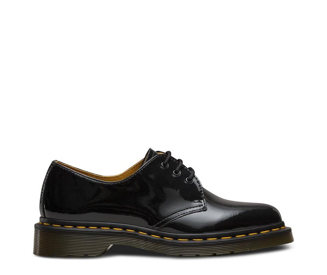 На фото туфли Dr.Martens 1461 Black Patent Lamper
