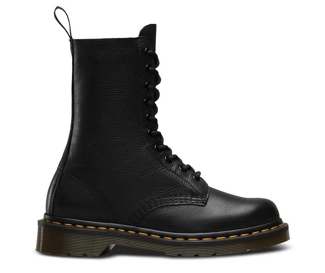 На фото ботинки Dr.Martens 1490 Black Virginia