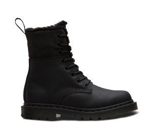 На фото ботинки Dr.Martens Kolbert Wintergrip Black Snowplow