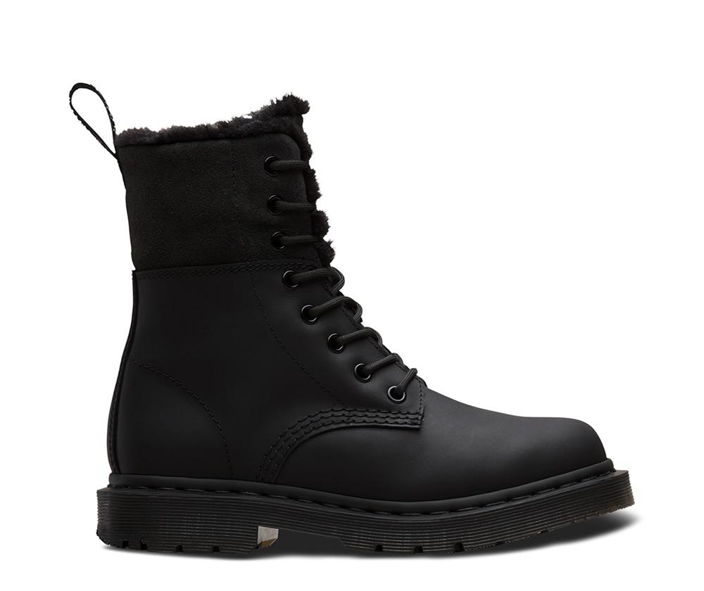 На фото ботинки Dr.Martens Kolbert Wintergrip Black Snowplow