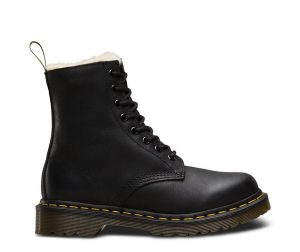 На фото ботинки Dr.Martens Serena Black Burnished Wyoming
